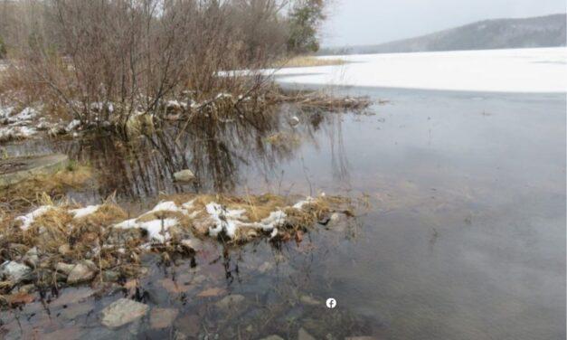 La variation du niveau de l'eau d'un lac : problème ou pas? (1/3)